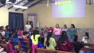 Kid club singing