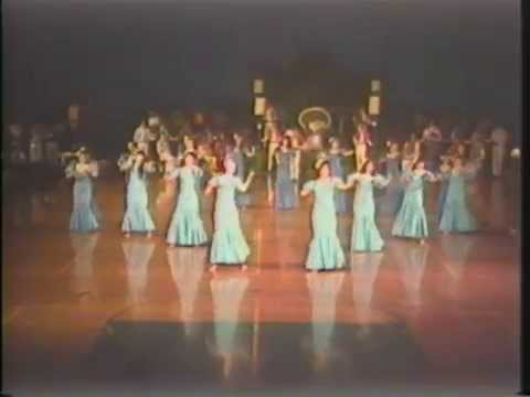 1988 Punahou School Holoku Pageant