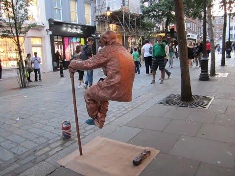 Секрет левитации или человек сидящий в воздухе.
