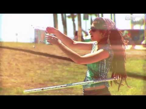 Tom Novy feat. Amadeas - Dancing In The Sun