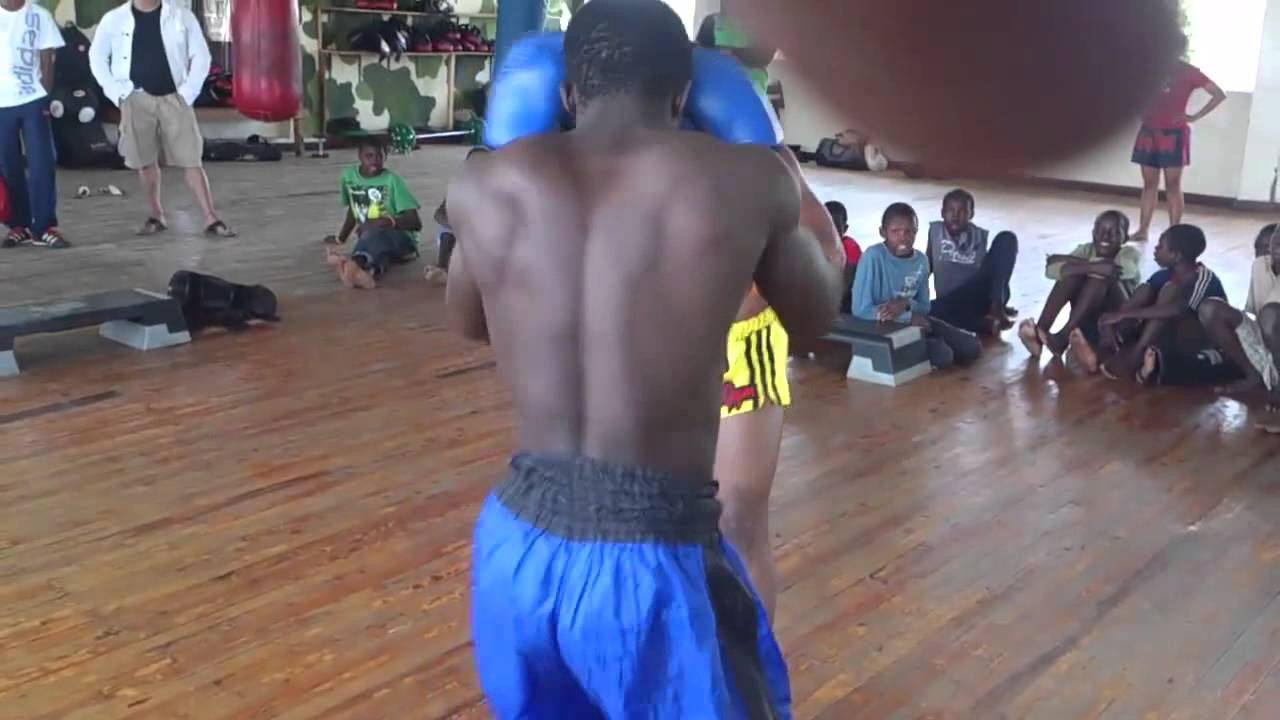 Muay Thai Sparring Knockout Muay Thai Sparring Knockout
