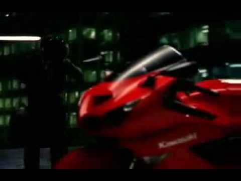 Superbike Kawasaki Ninja ZX14 Commercial