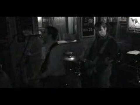 AmArgAmA - Llorar (Cocodrilo 14/04/2007)