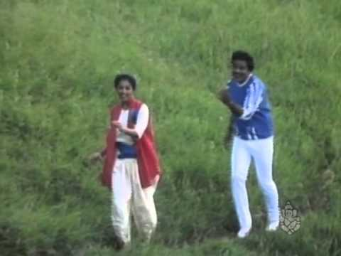 Santasa Araluva Samaya - Yelu Sutthina Kote Sanstha - Kannada Song video