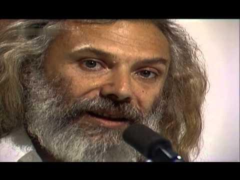 Georges Moustaki - Tu N'as Plus L'air D'une Enfant