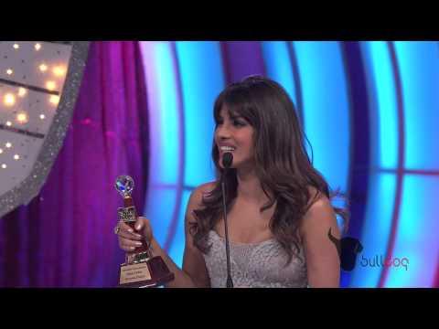 Priyanka Chopra Wins Favorite International Music Debut At The People's Choice Awards 2012 [hd] video