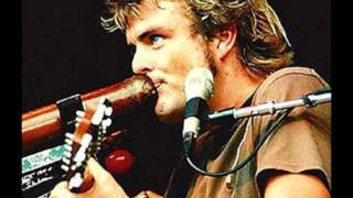 Watch Xavier Rudd Green Spandex video
