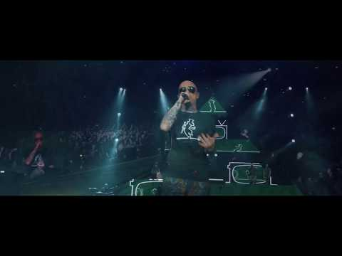 J-AX - L'UOMO COL CAPPELLO - OFFICIAL LIVE VIDEO