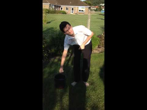 Ernest Gulbis does the ALS Ice Bucket Challenge