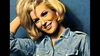 Dusty Springfield - Mama's Little Girl