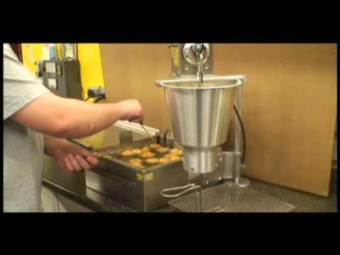 lil orbits donut machine cost