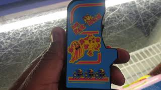Uberfast Reviews of Awesomeness: World's Smallest Tiny Arcade Pac man and Ms. Pac man
