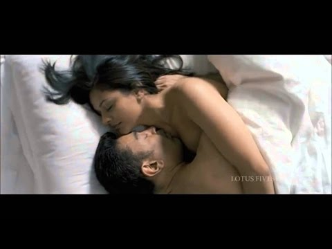 Pooja Kumar happy to romance Kamal underwater | Viswaroopam...