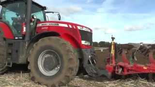 Ploughing in 2015 with a Massey Ferguson 8650 and 2 front furrow plow and 5 furrow Kverneland plow o