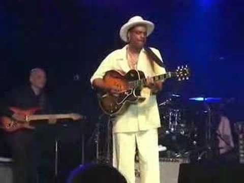 Nick Colionne Plays 