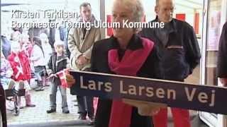 download lagu Lars Larsen Får Vej Opkaldt Efter Sig gratis
