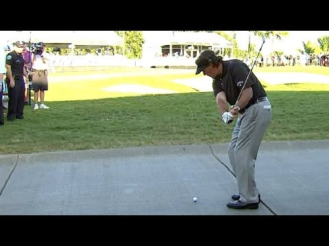 Phil Mickelson's shot from the cart path at 2014 WGC-Cadillac Championship