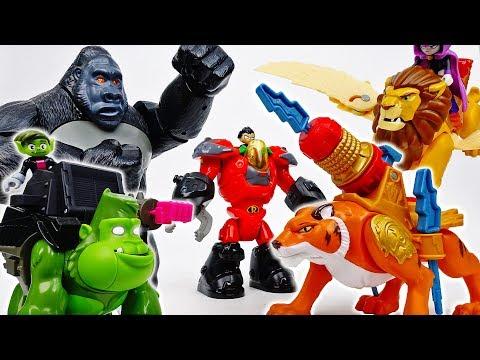 The Zoo Is Under Attack~! Teen Titans Go, Defeat Joker  - ToyMart TV