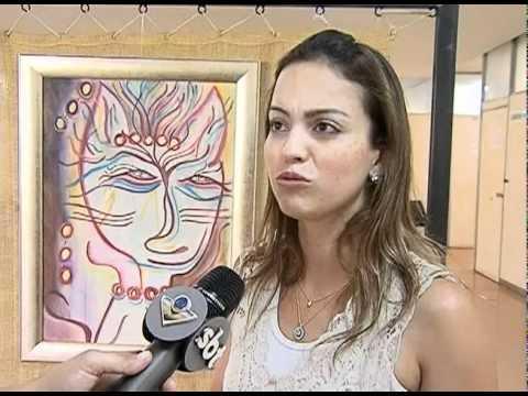 Artista plástica expõe telas e mandalas no Fórum de Uberlândia