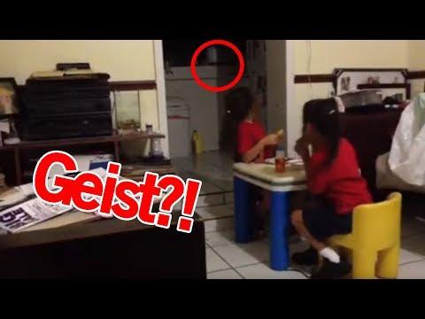 2 Mädchen sehen einen Geist | MythenAkte