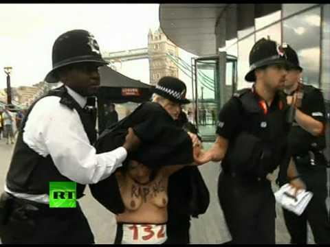 Protest FEMEN pentru drepturile femeilor din țările musulmane