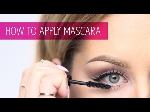 How to Apply Mascara: Makeup Tips