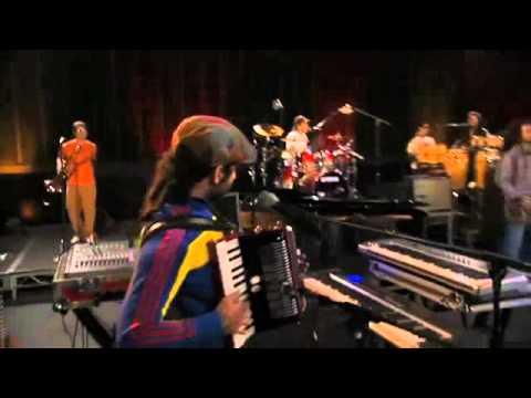 Calle 13 - La Cumbia De Los Aburridos Lyrics | MetroLyrics