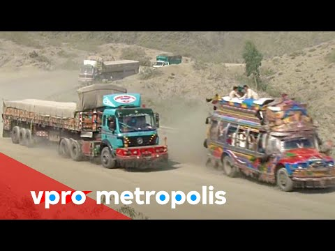 A dusty ride from Peshawar to Landi Kotal