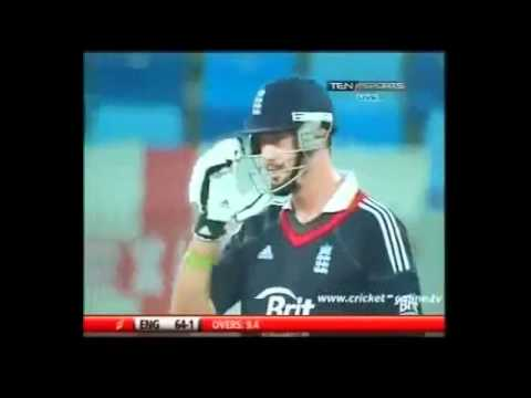 KEVIN PIETERSON vs SHAHID AFRIDI FUNNY INCIDENT