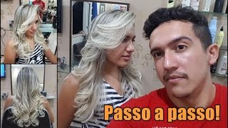 Mechas platinadas degradê.