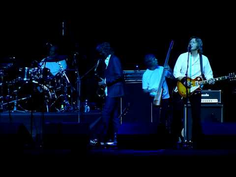 The Straits - Your Latest Trick (Live in Crocus City Hall, Moscow, Russia, 23.10.2012)