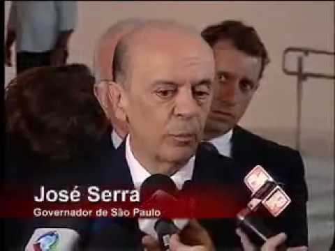 2010.02.10 - Madonna meets Sao Paolo's Governor Jose Serra [SP Noticias]