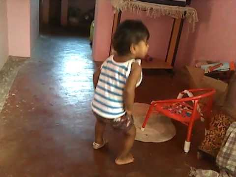 Siddarth Kutty Dancing On 13.11.11. video