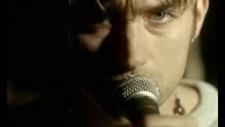 Watch Blur Beetlebum video