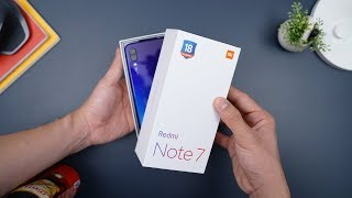 Parah sih ini... Unboxing Redmi Note 7 Indonesia!