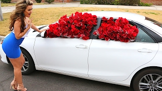 1,000 RED ROSES IN GIRLFRIENDS CAR PRANK!! (VALENTINES DAY PRANK!!)
