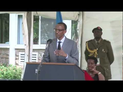 Presidents Kagame, Museveni hold joint press conference- Kampala, 27 January 2012
