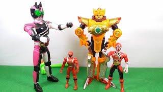 Kamen Rider chơi cùng superman và siêu nhân thần kiếm - Đồ chơi siêu nhân