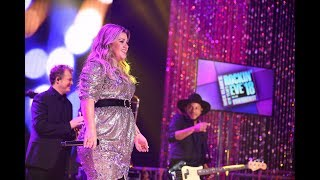 Kelly Clarkson - Love So Soft LIVE on New Years Rockin