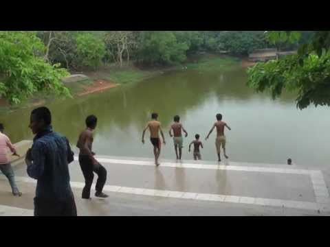Children Playing + Swimming in Dhaka, Bangladesh, Ladies Park Gulshan लेडीज पार्क ढाका गुलशन