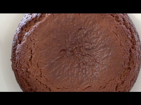 GINGERBREAD CAKE - VIDEO RECIPE
