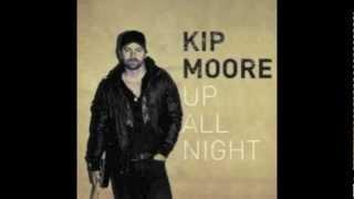 Watch Kip Moore Fly Again video