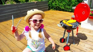 Gaby in Pretend Cooking Story with BBQ Grill Toy