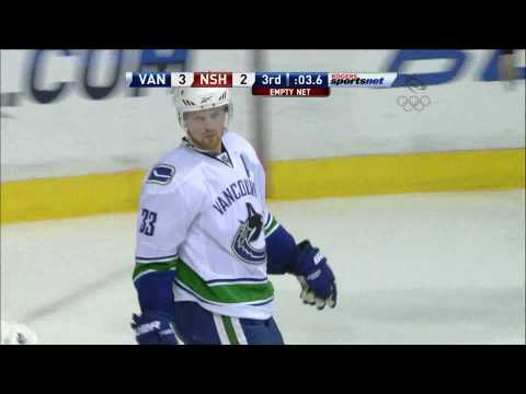 Canucks At Predators - Henrik Sedins 4-2 Goal - 03.07.10 - HD Video