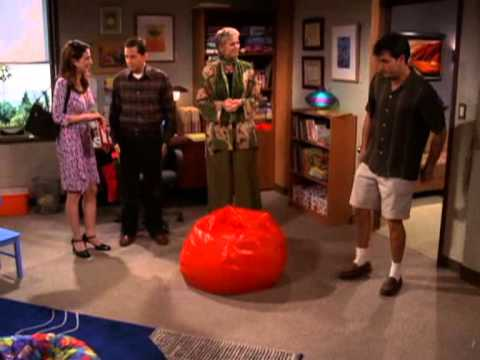 Jane Lynch   Two and a half men 1x20