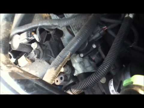 fix  sticky gas pedal     ford escape