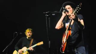 Download Lagu James Bay x Ed Sheeran - Let It Go (Cambridge Corn Exchange) Gratis STAFABAND