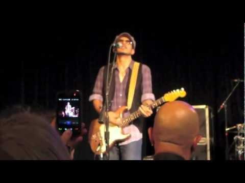 Los Lonely Boys - Rockpango 9-16-2011 Carrboro, NC