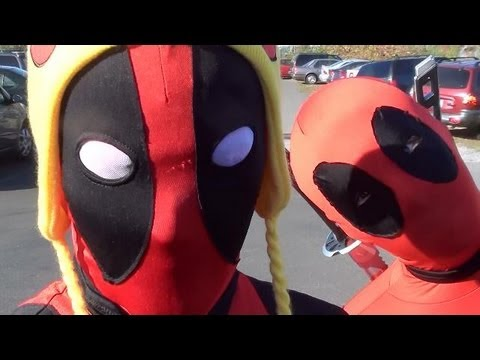Deadpools Go To Comic Store