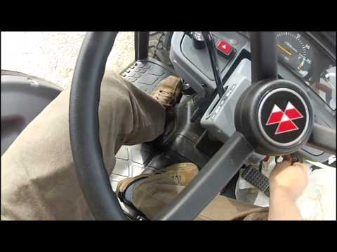 Massey Ferguson 1635 Cab compact tractor